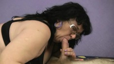 Curvaceous mature woman has a hungry peach yearning for hard meat