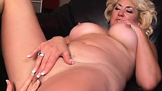 Horny cougar with chubby tits gets down with a younger chick