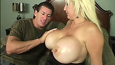 Blonde babe Kayla Kupcakes gets her pussy plugged by her plumber