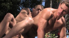 Brandon Lewis drills Marcus Mojo's juicy ass before they cum together