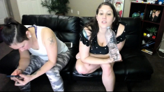 Watch These Real Lesbian Hotties Lick Pussy