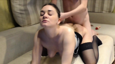 Hot Chick Gives Her Man Oral Pleasure