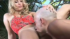 Wonderful blonde has her man licking and fucking her holes just like she desires